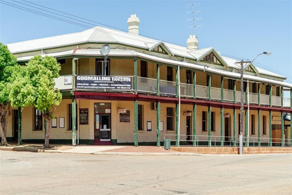 Local Business - Goomalling Tavern